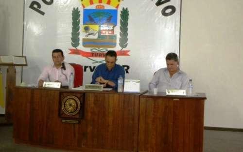 Vereadores cassam prefeito em cidade do Paraná