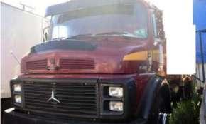 Vende-se caminhão Mercedes Benz 1519, 79